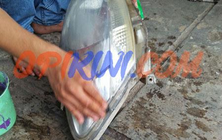 Bersihkan Lampu Mobil Buram Cuma 200 Ribu di Cibinong Bogor