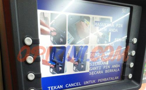 Pilih bahasa Indonesia lalu masukan 6 angka PIN ATM