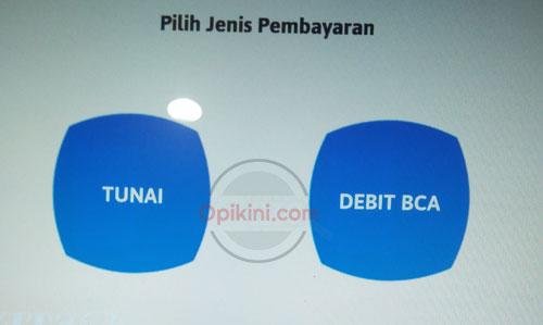 pilih Debit BCA